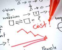 Como as empresas utilizam a tecnologia para reduzir custos?